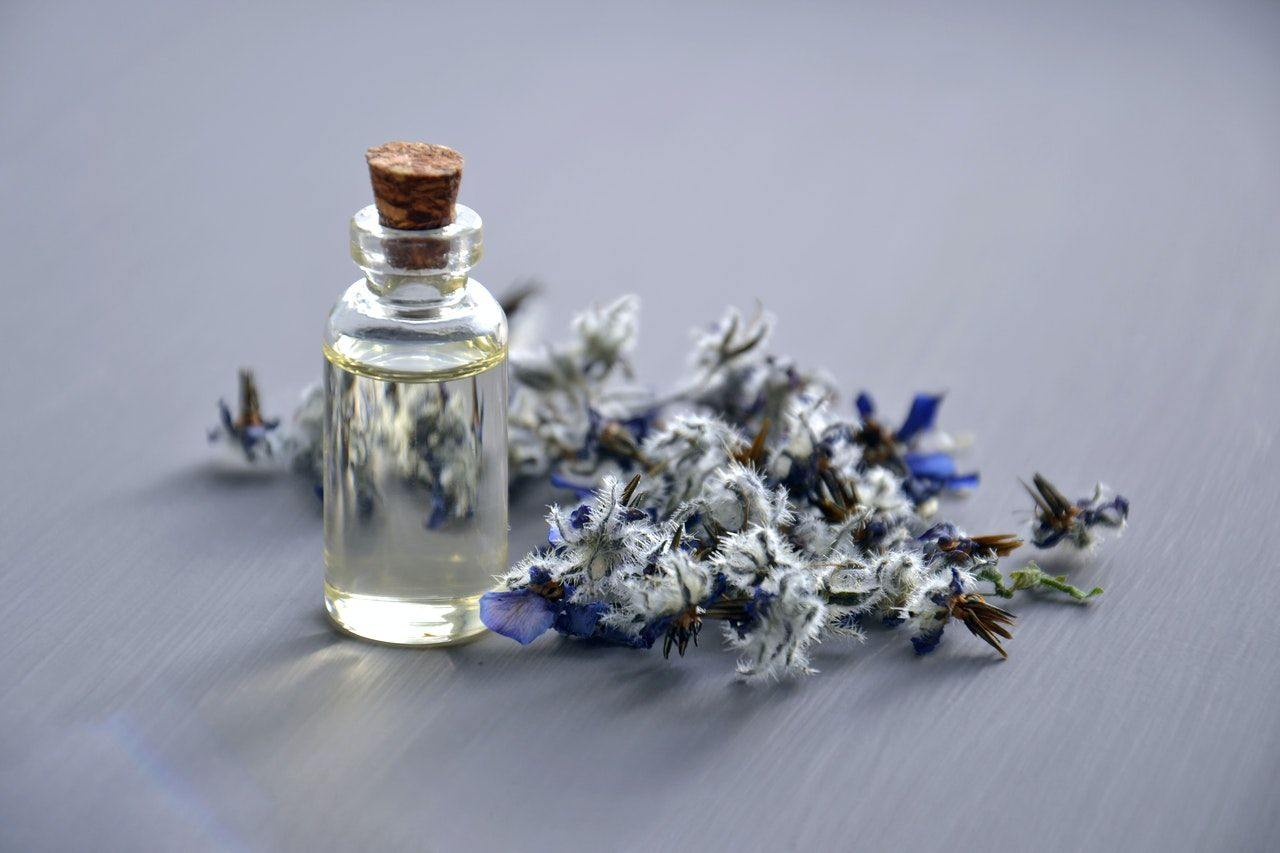 winter-essential-oil