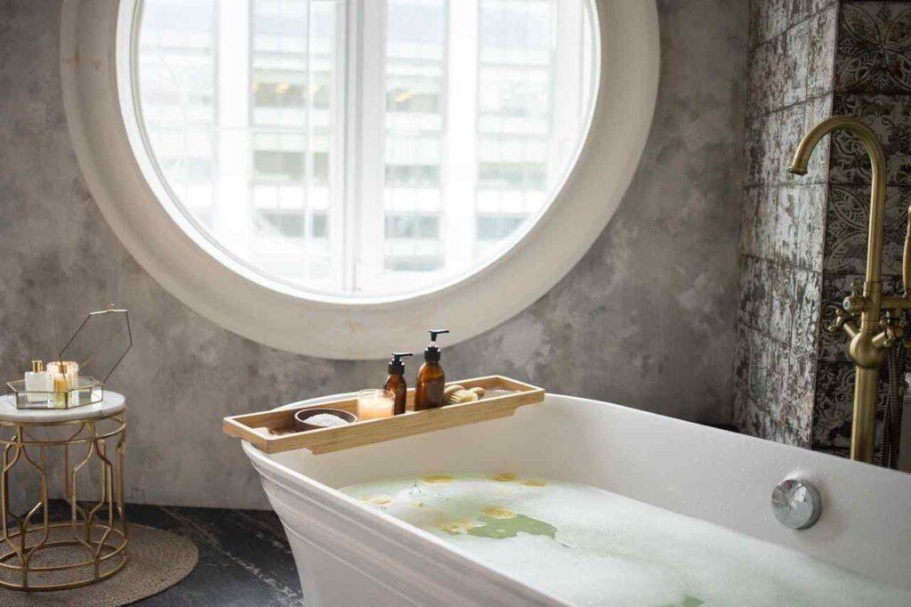 summer-bath-be-refreshed